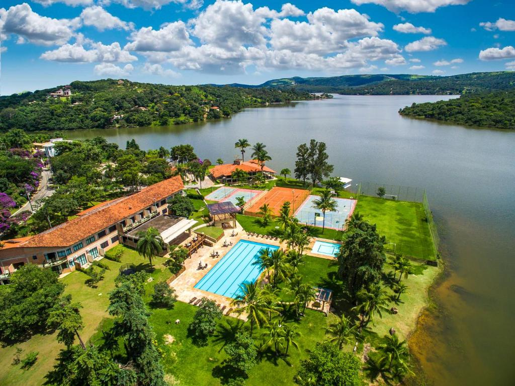 A bird's-eye view of Hotel Lago do Sol