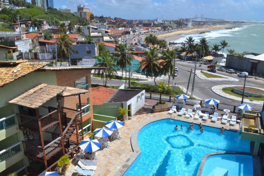 A view of the pool at Natal Praia Hotel or nearby