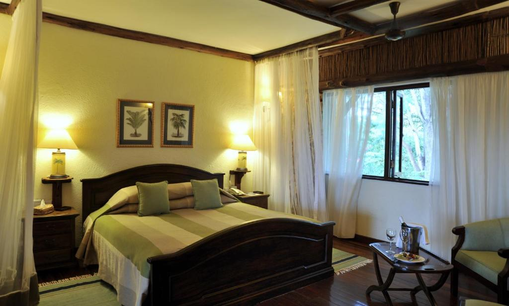 Kilaguni Serena Safari Lodge, Tsavo, Kenya - Kichaka Tours and Travel