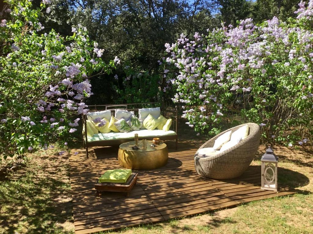 A garden outside Longo Maï