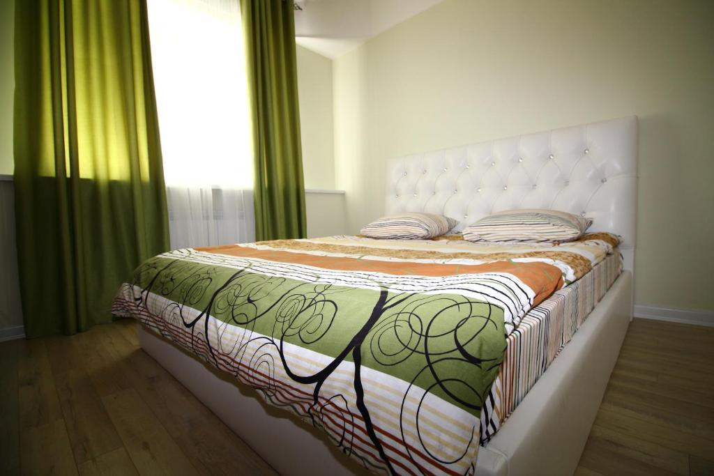 Apartment Pushkina 100