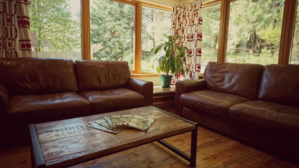 A seating area at Morag's Lodge
