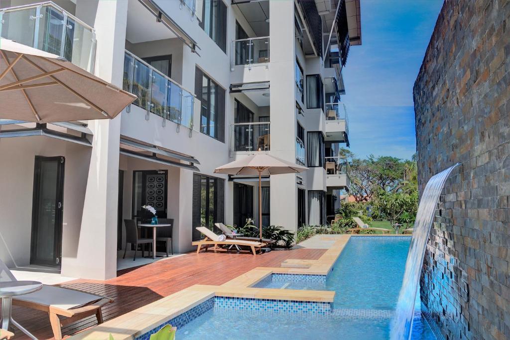 Der Swimmingpool an oder in der Nähe von The Palms Denarau Fiji