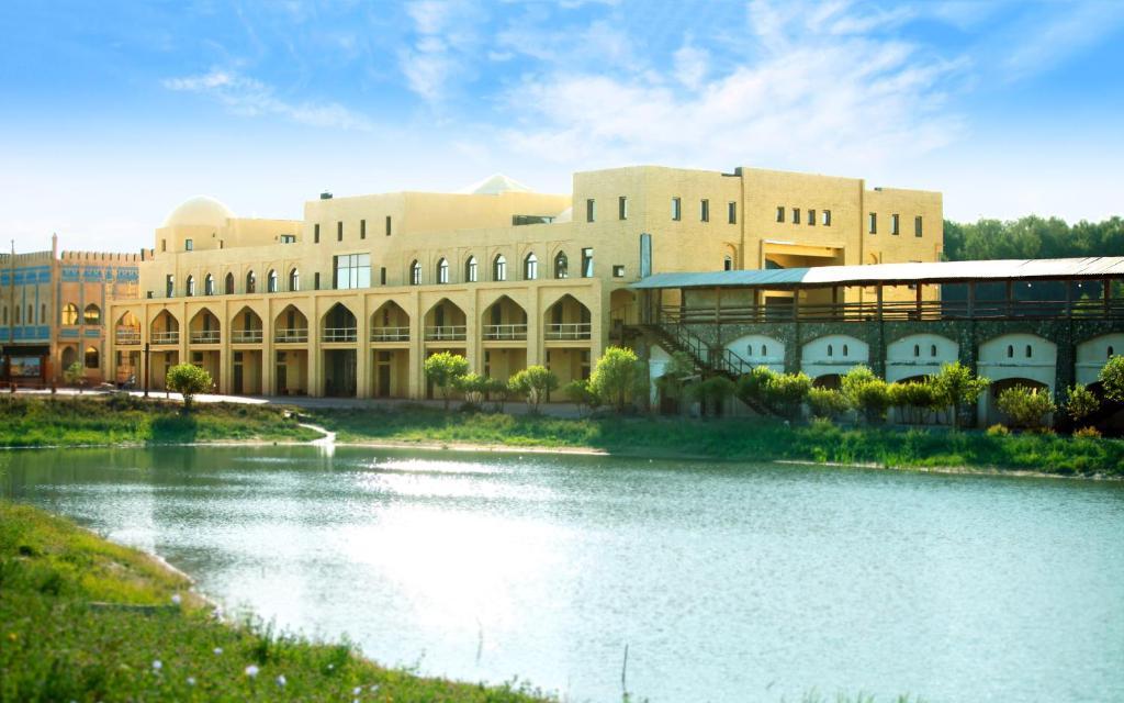 Karavan Saray Hotel ETHNOMIR