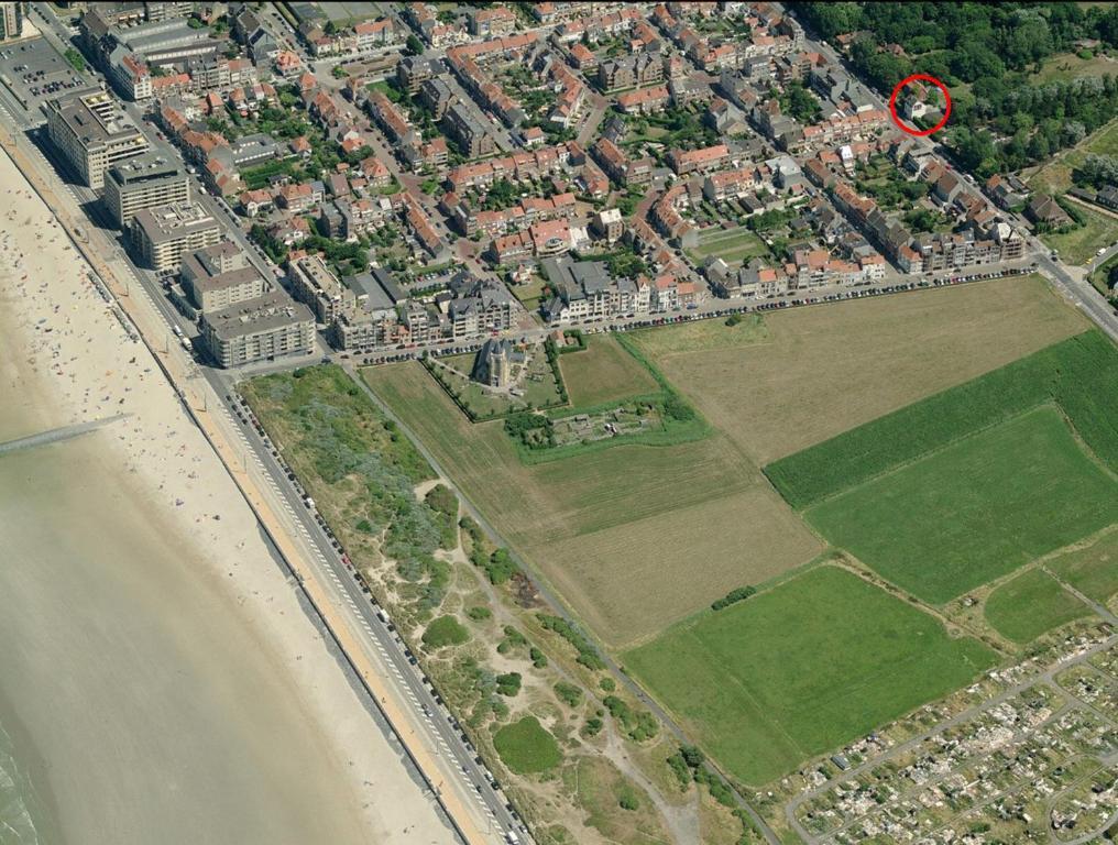 Vue panoramique sur l'établissement Villa Louis Oostende