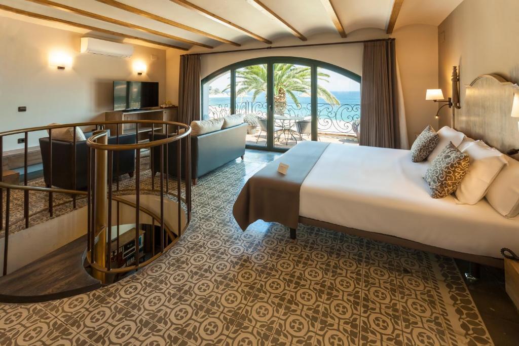 hoteles con encanto en tossa de mar  5
