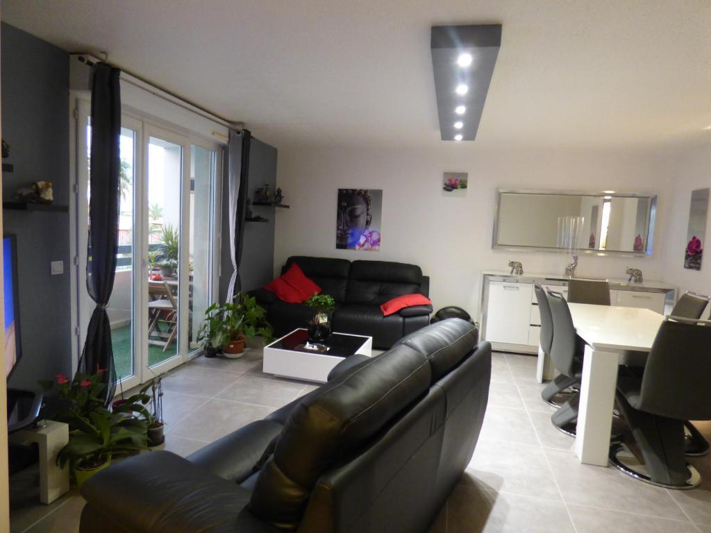 Appartement Luxe Sur Malibu Village France Canet En Roussillon Booking Com