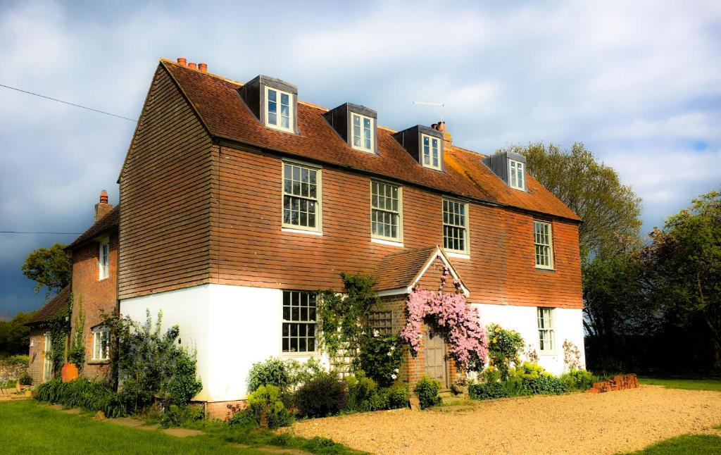 Starnash Farmhouse in Hailsham, East Sussex, England