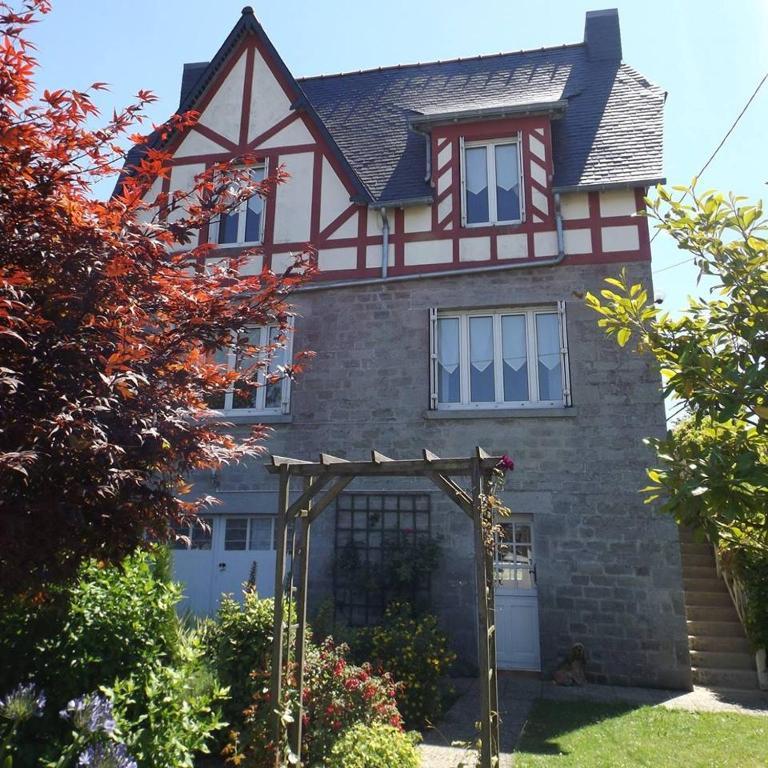 Vacation Home Maison Bretagne, Matignon, France - Booking.com