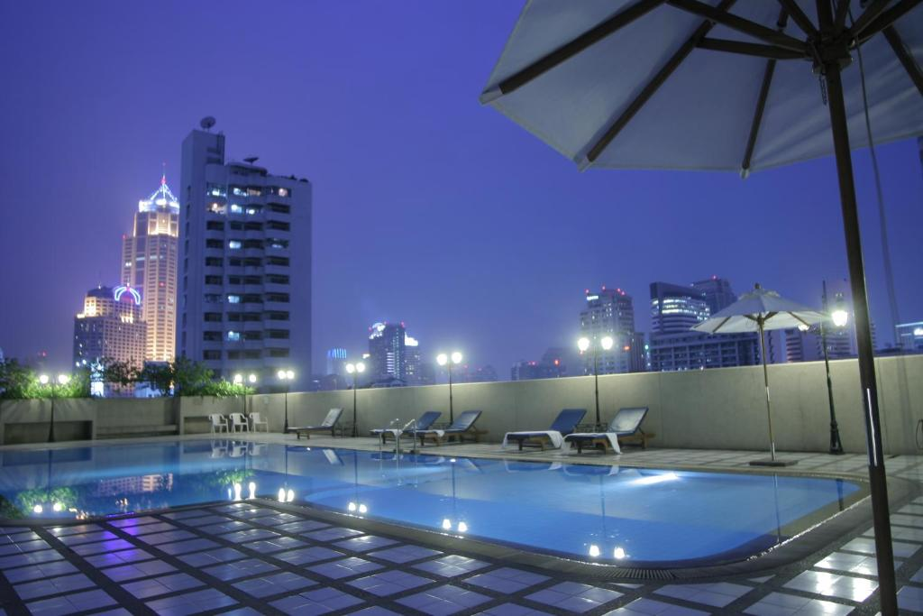 The swimming pool at or near Omni Tower Sukhumvit Nana by Compass Hospitality