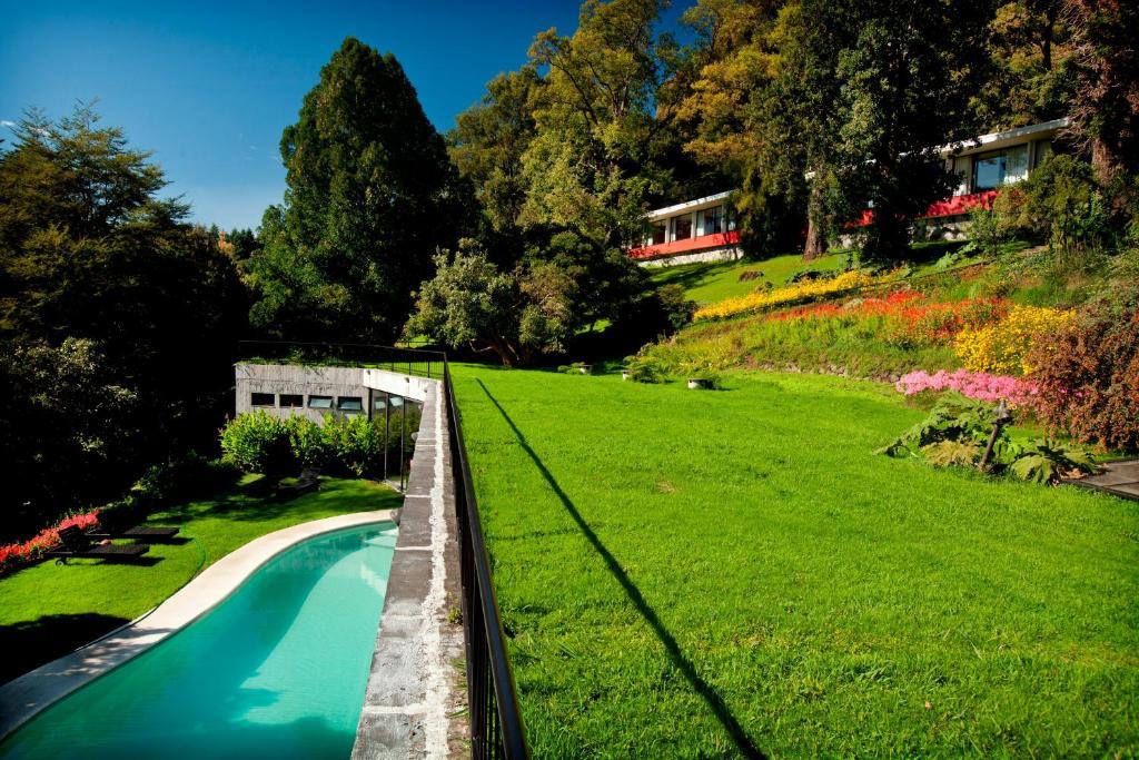Hotel Antumalalの敷地内または近くにあるプールの景色