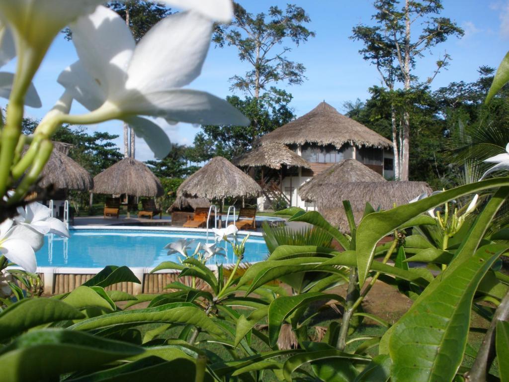 Resort De Plantage, Tamanredjo, Suriname - Booking.com