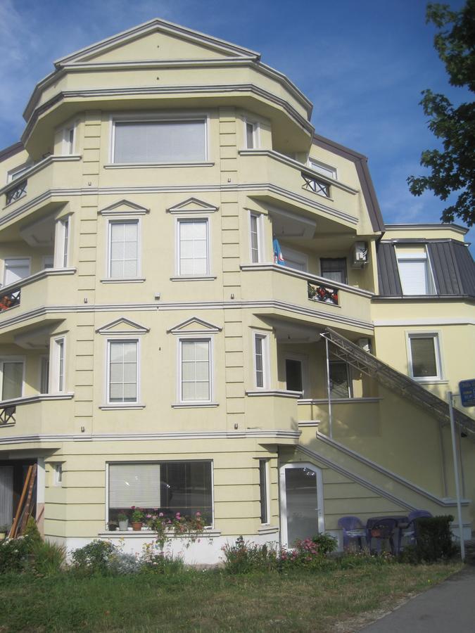 Гостевой дом  Villa Renessans  - отзывы Booking