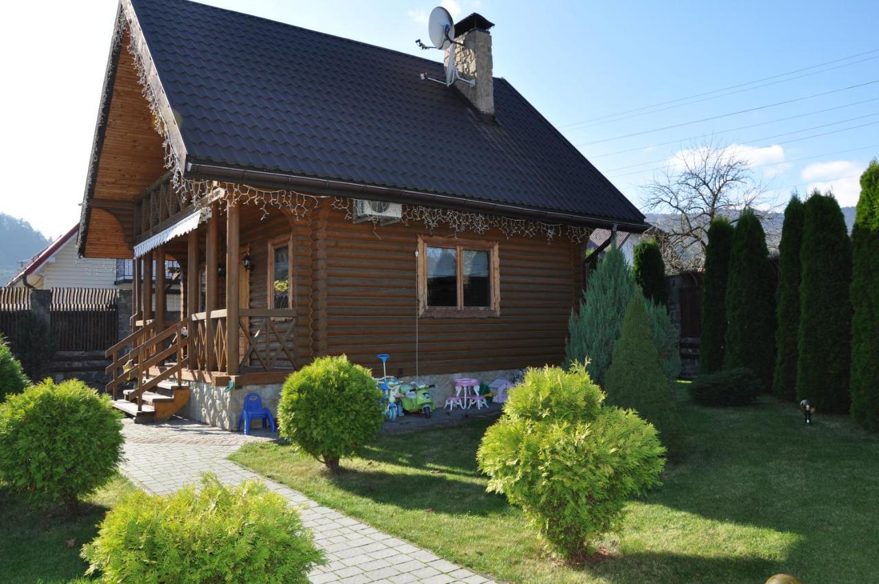 Загородный дом  Cottage Smerekovyi