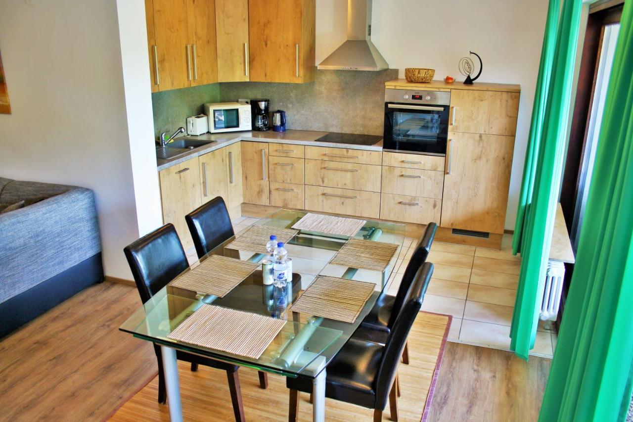 Апартаменты/квартира  Apartment am Römerkreis  - отзывы Booking
