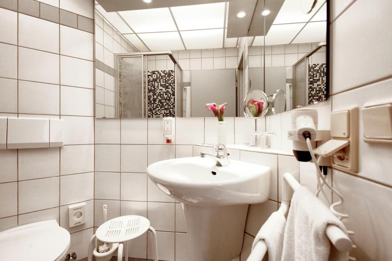 Hotel Haus Duden (Deutschland Wesel) - Booking.com