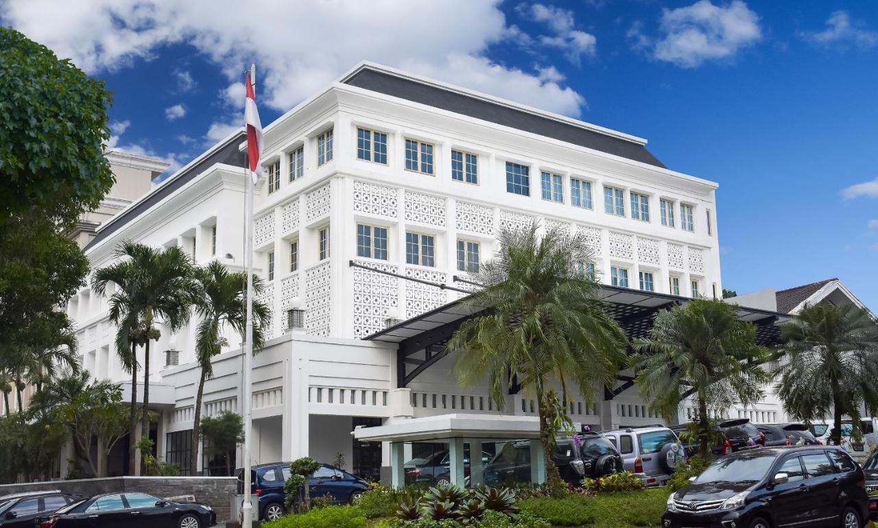Отель  The Mirah Bogor  - отзывы Booking