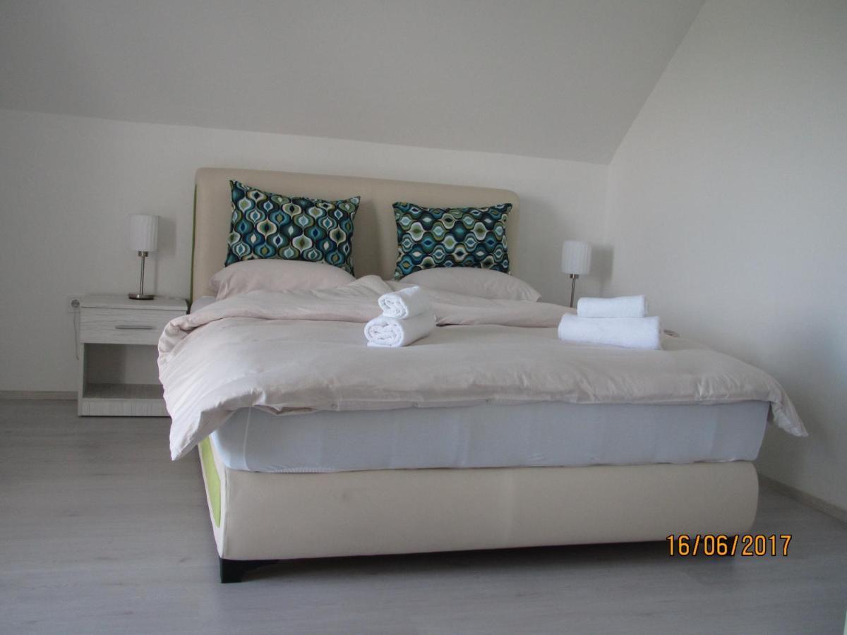Апартаменты/квартиры  Guest House Baranin Pitomine
