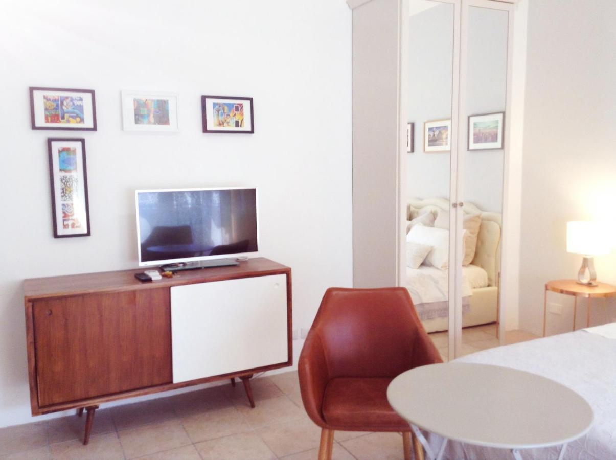 Апартаменты/квартира  Angela's Apartment  - отзывы Booking