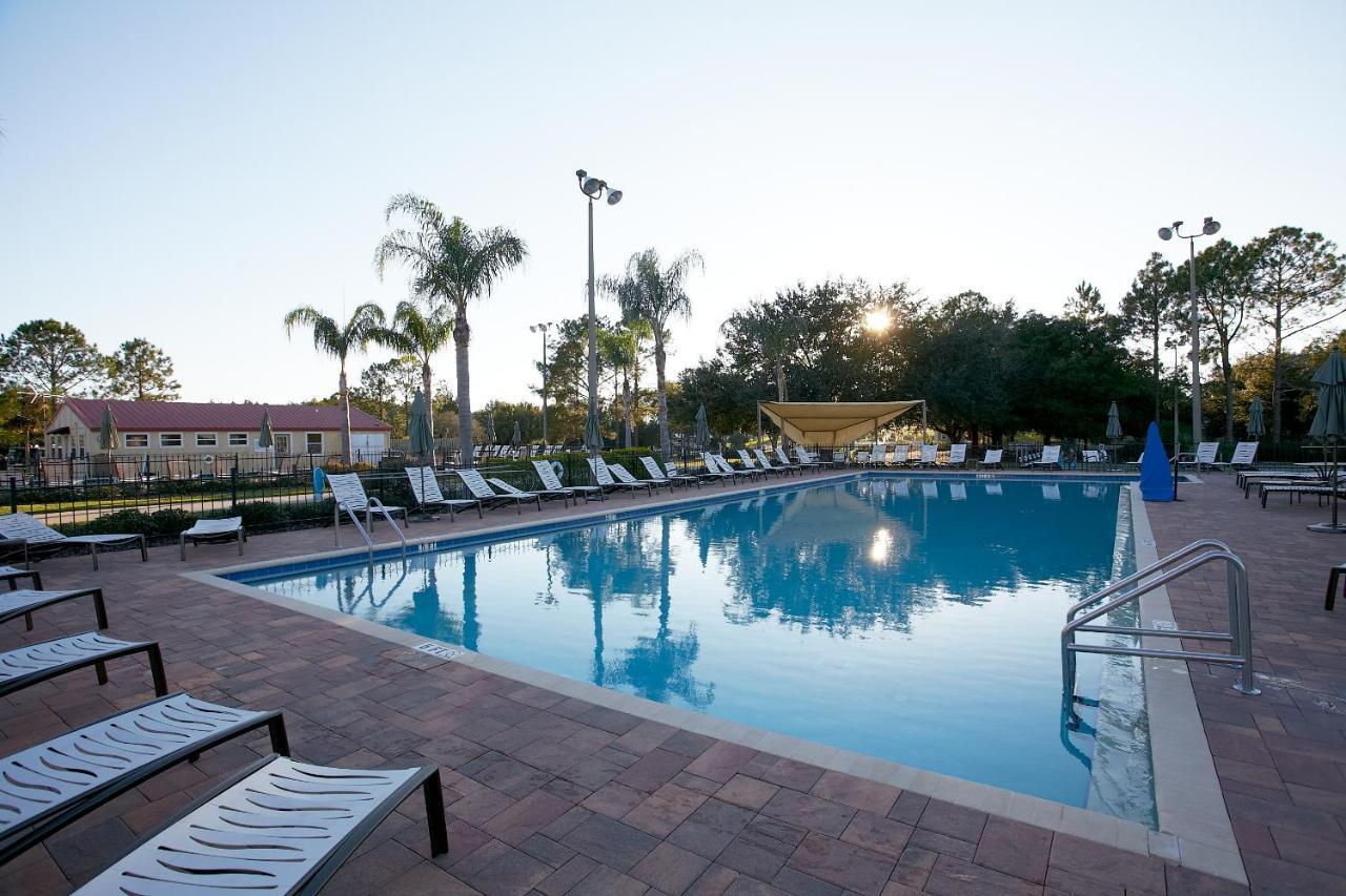Комплекс для отдыха  Orlando RV Resort