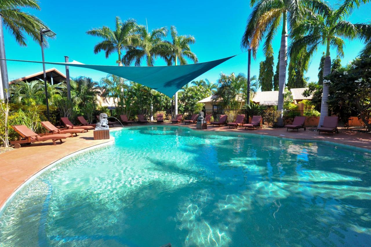 Фото  Курортный отель  Bali Hai Resort & Spa