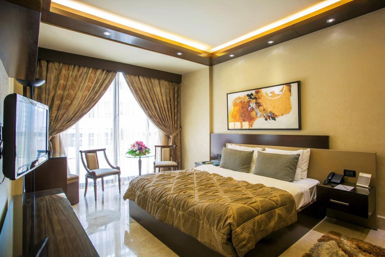 Отель  Отель  Imperial Suites Hotel
