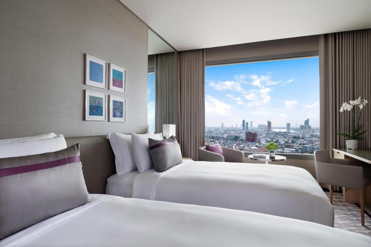 Avani Plus Riverside Bangkok Hotel