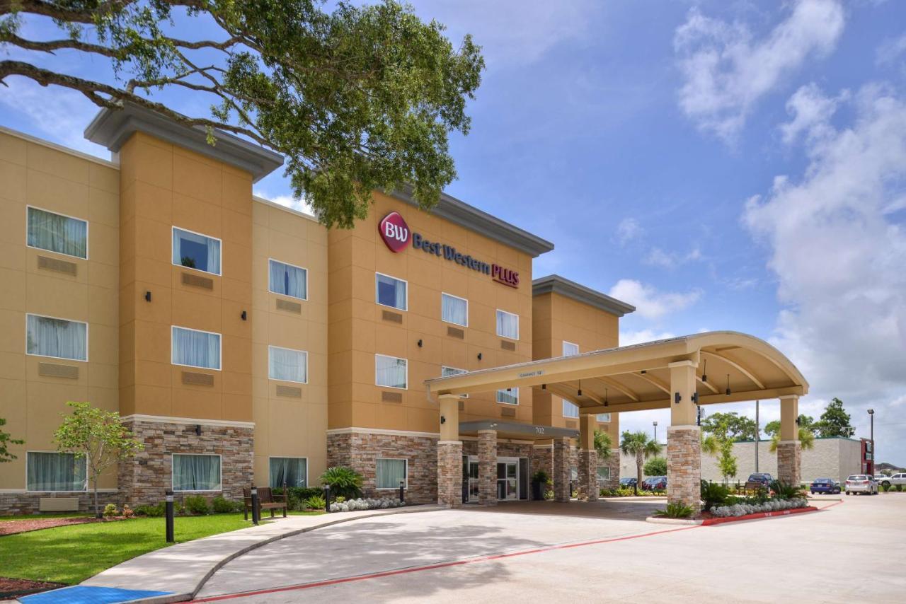 Отель  Отель  Best Western PLUS Lake Jackson Inn & Suites
