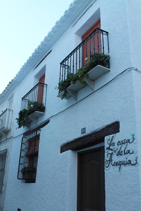 Загородный дом  La Casa De La Acequia