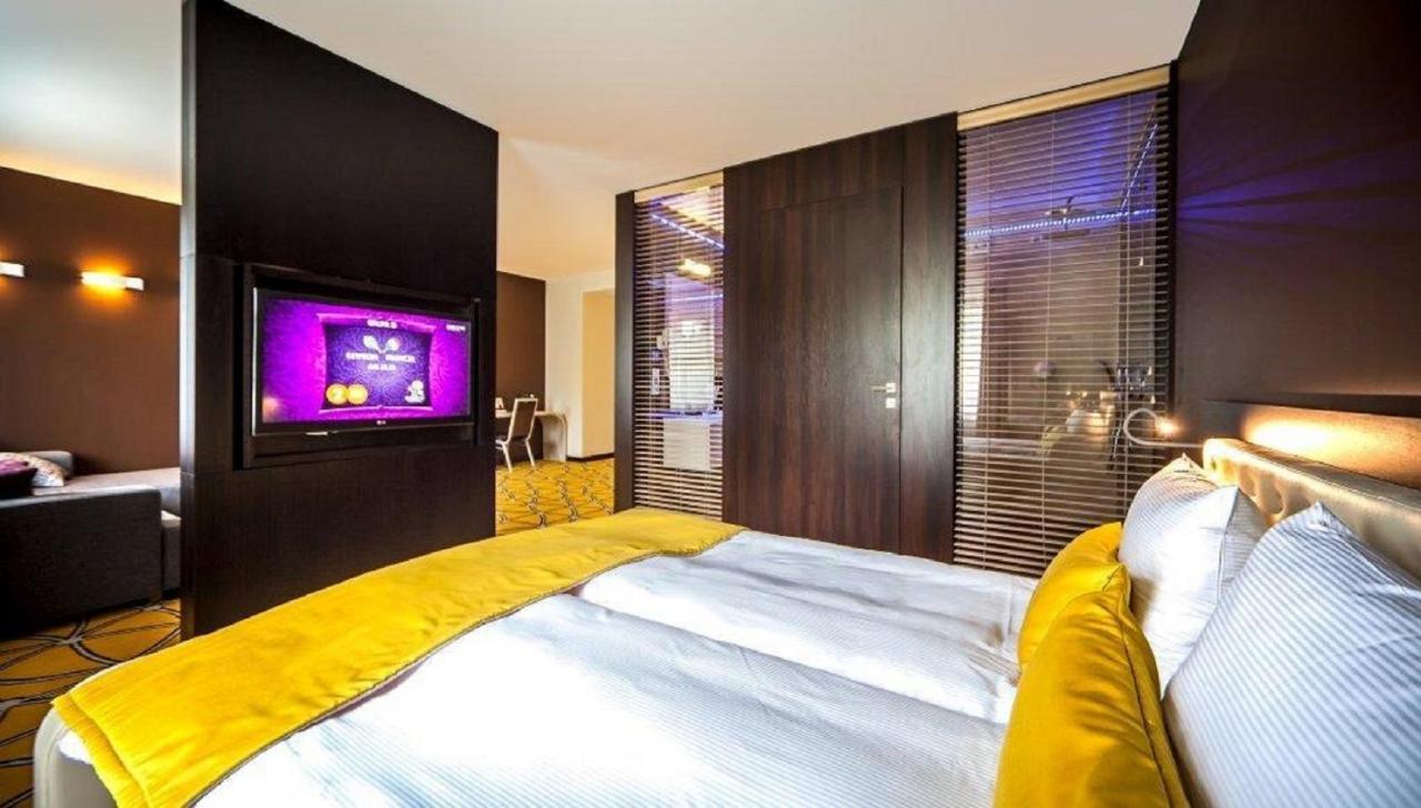 Отель  Hotel Eclipse  - отзывы Booking