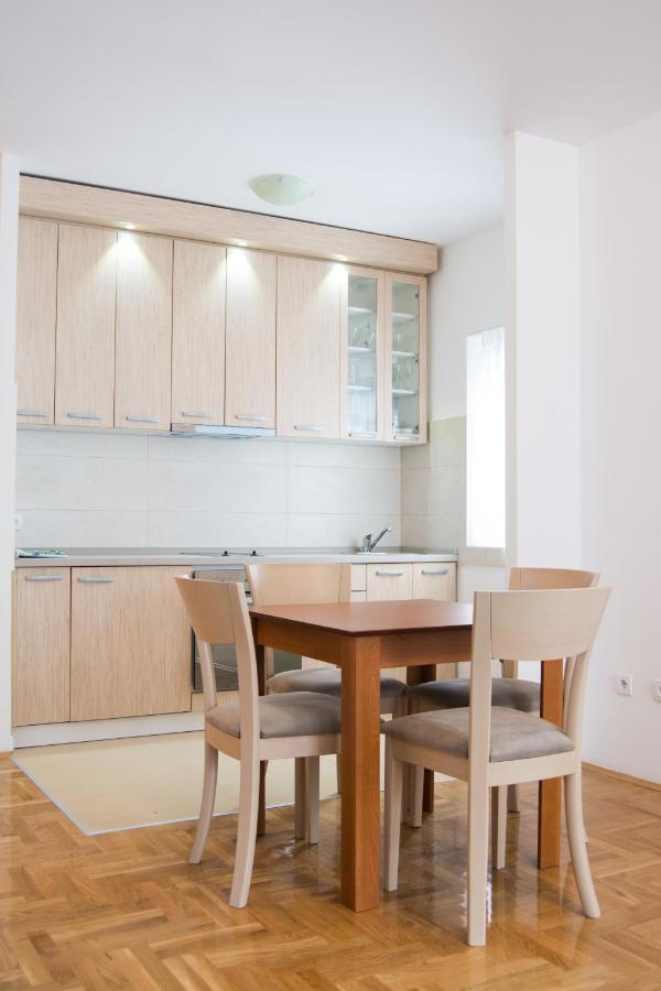 Апартаменты/квартира  Apartment Holiday Zlatibor  - отзывы Booking