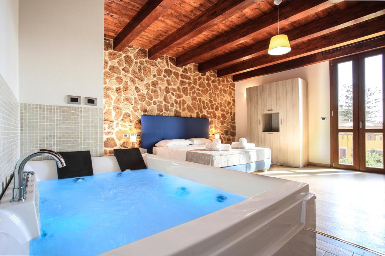 Отель типа «постель и завтрак»  Отель типа «постель и завтрак»  Double B Maison De Charme