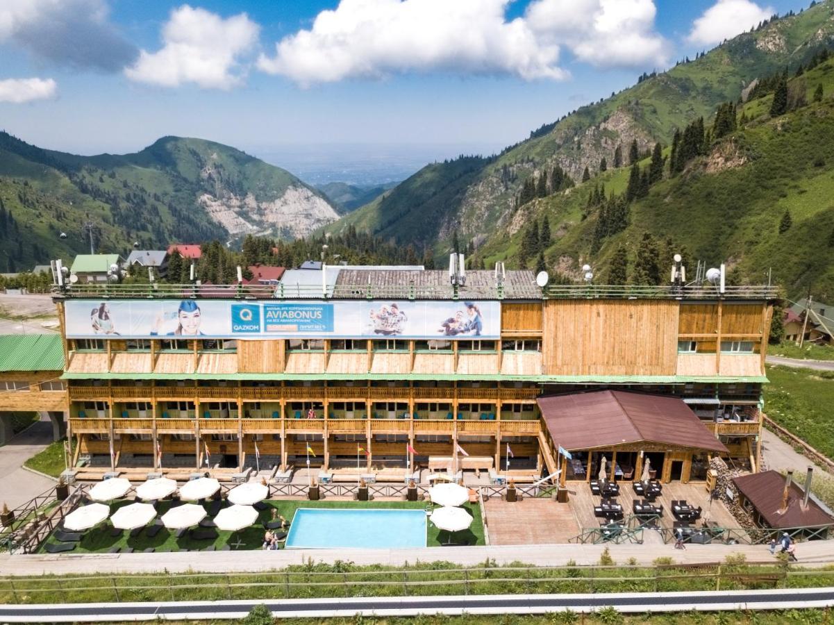 Курортный отель  Курортный отель  Shymbulak Resort Hotel