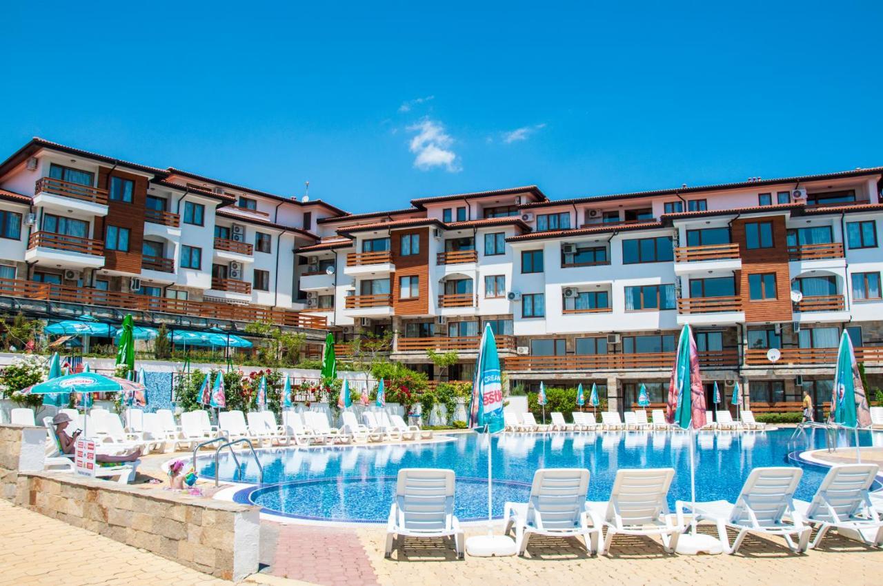 Отель  Gardenia Hills Hotel