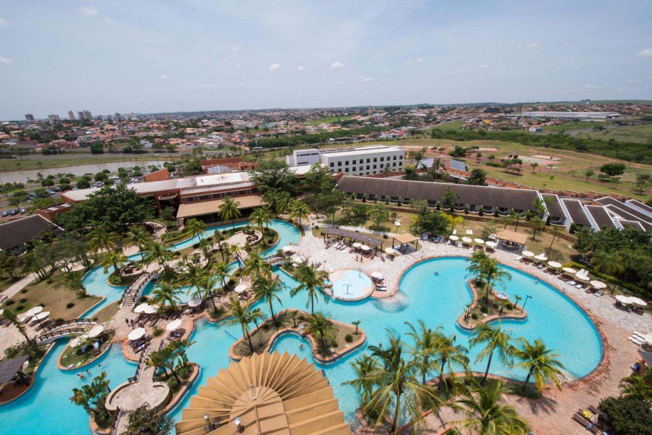 Курортный отель  Blue Tree Thermas De Lins
