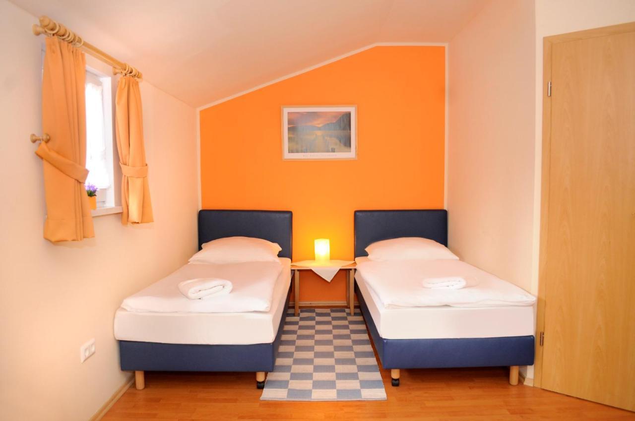 Мини-гостиница  Мини-гостиница  Landgasthof Heuer