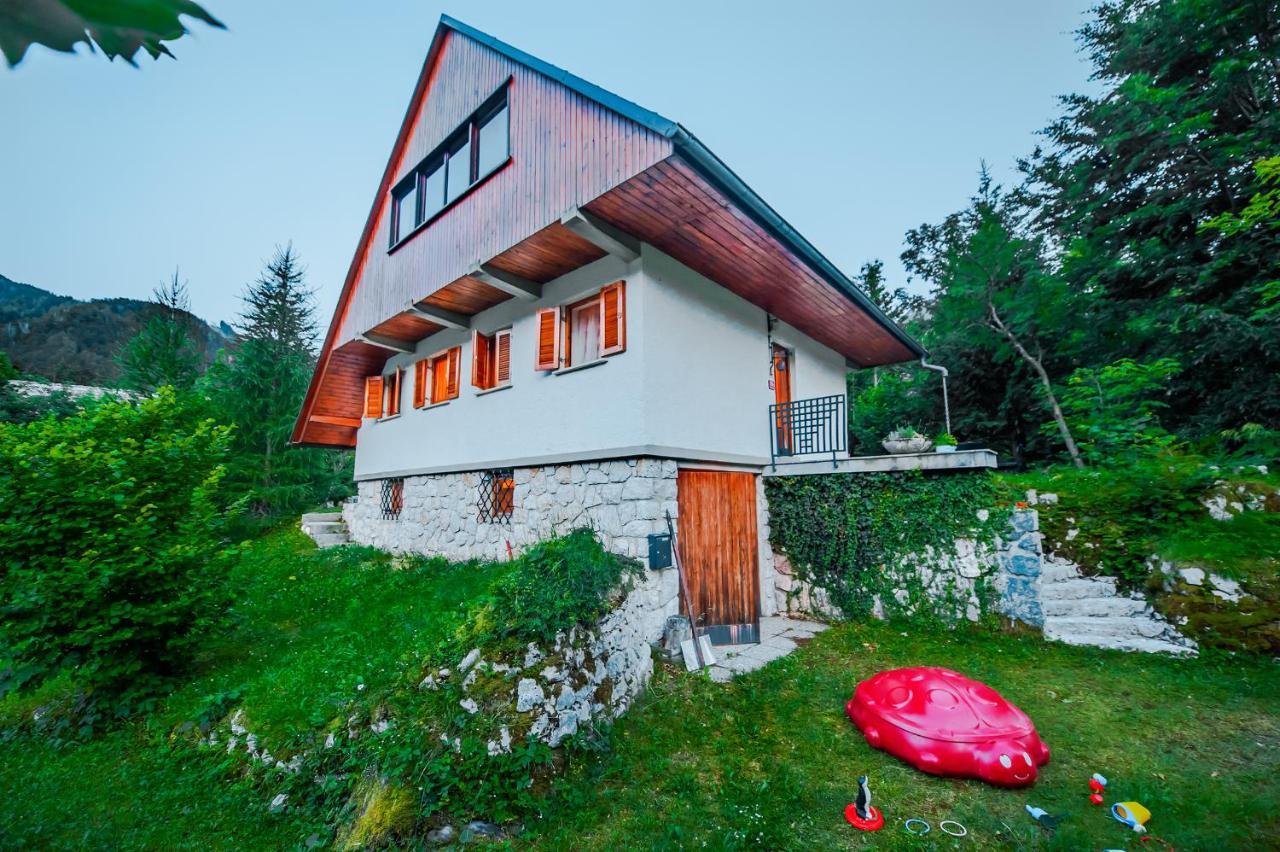 Дом для отпуска  Dedkova Hiša/Grandpa's House