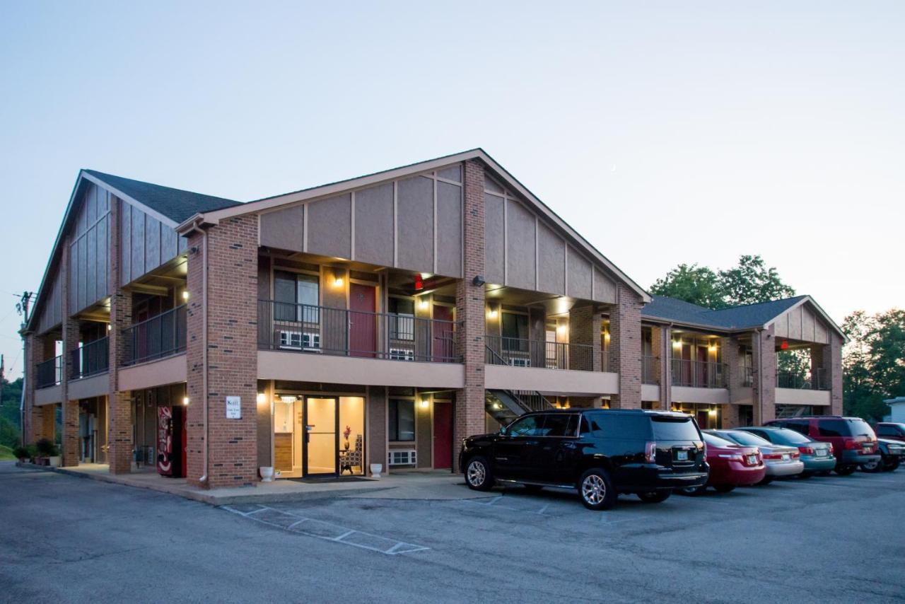 Мотель  Oak Tree Inn