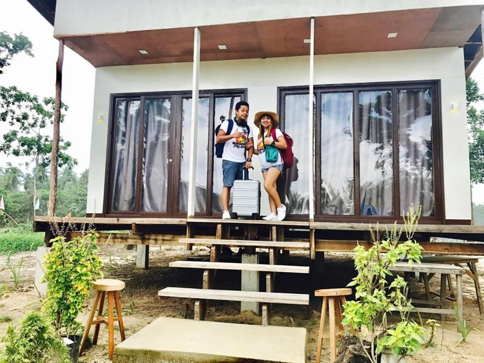 Курортный отель  Villa Encantador Resort