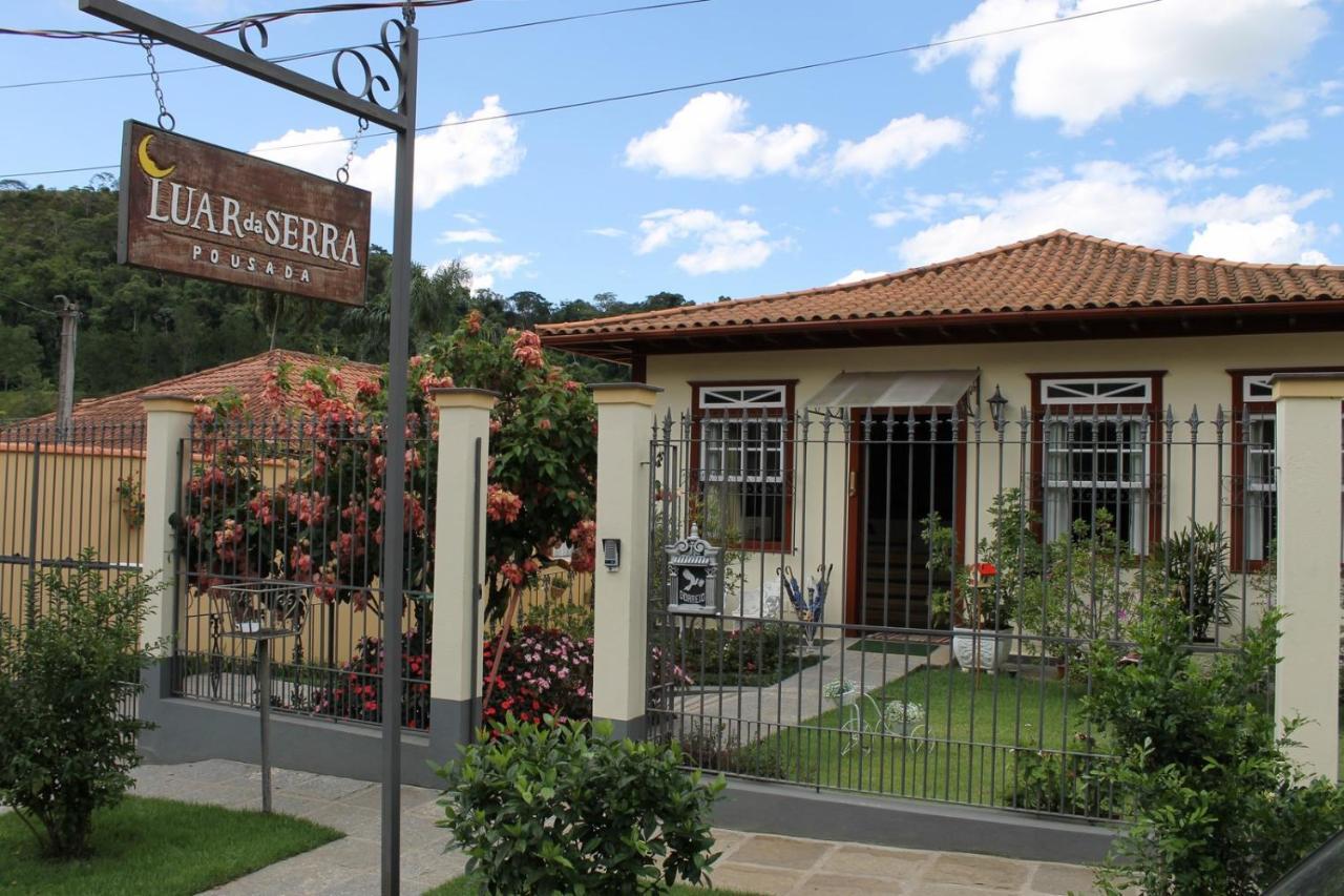 Pousada Luar da Serra (Brasil Conservatória) - Booking.com