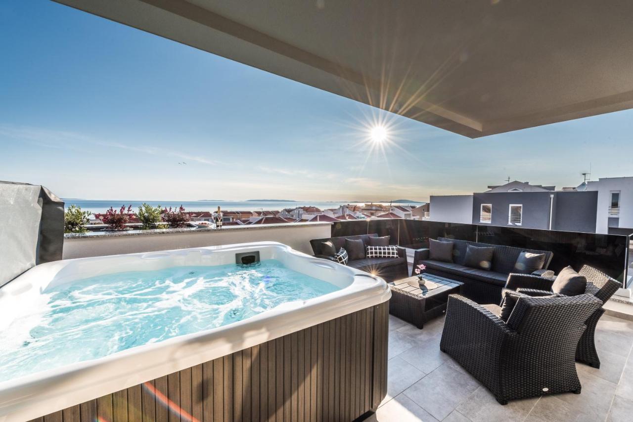 Апартаменты/квартира  Villa Magnifica Penthouse with Jacuzzi  - отзывы Booking