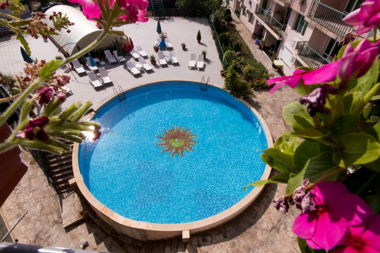 Апартаменты/квартиры  Guest Apartments Trigor City  - отзывы Booking