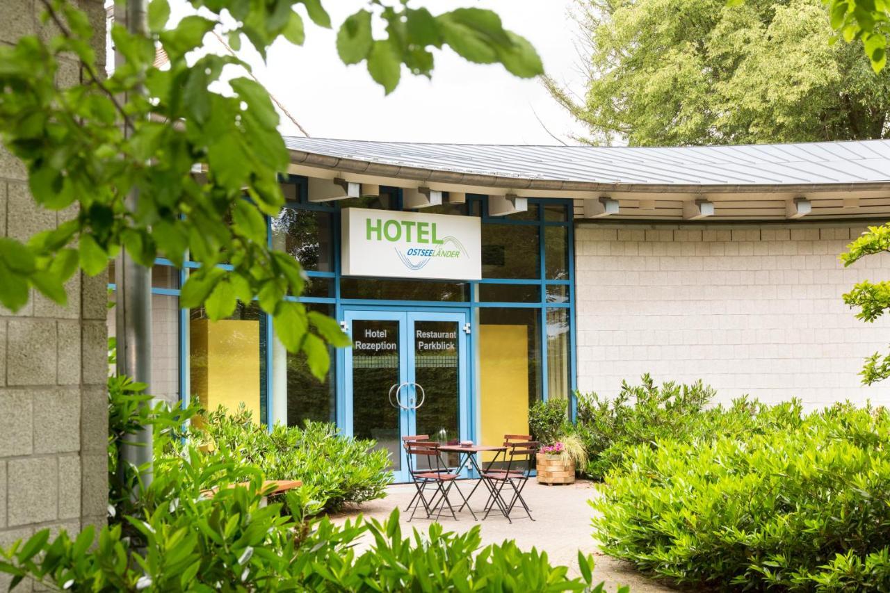 Отель  Hotel Ostseeländer