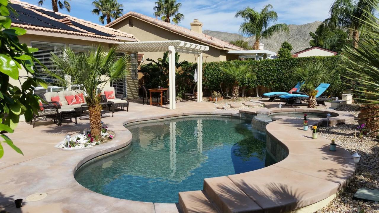 Дом для отпуска  Gorgeous 2 Bedroom Home With Salt Water Pool/Spa