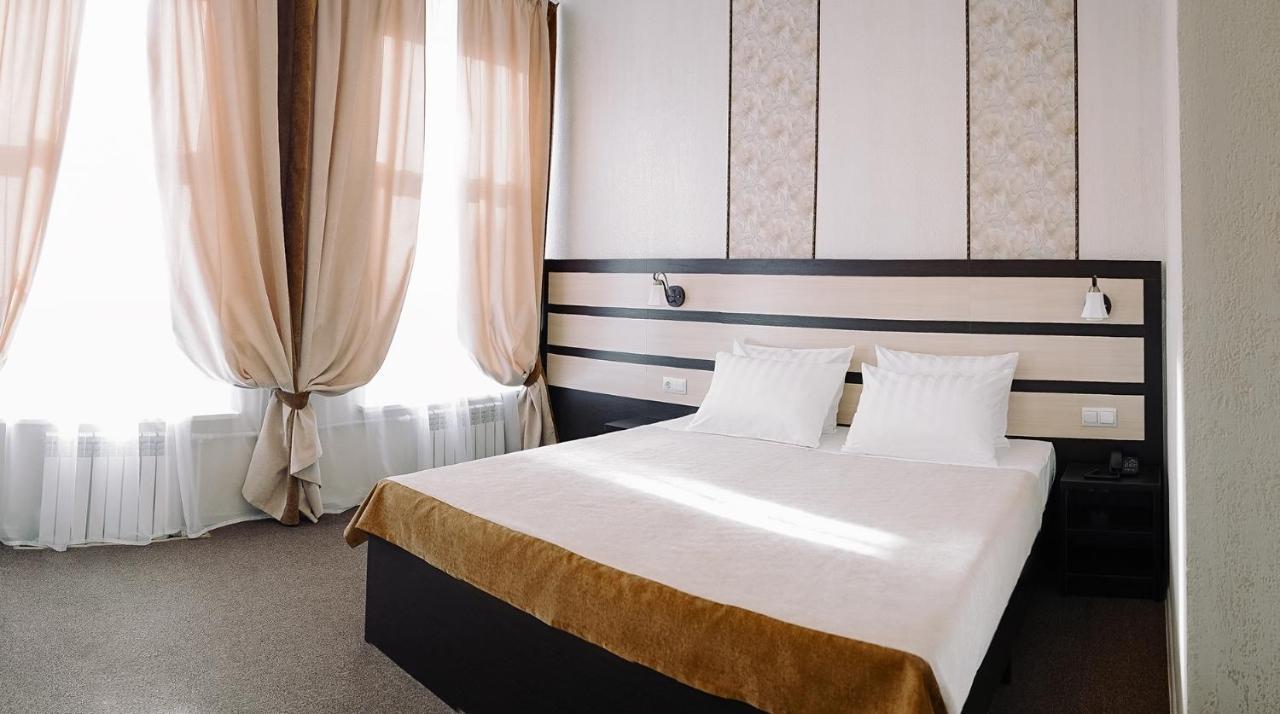 Отель Иоланта