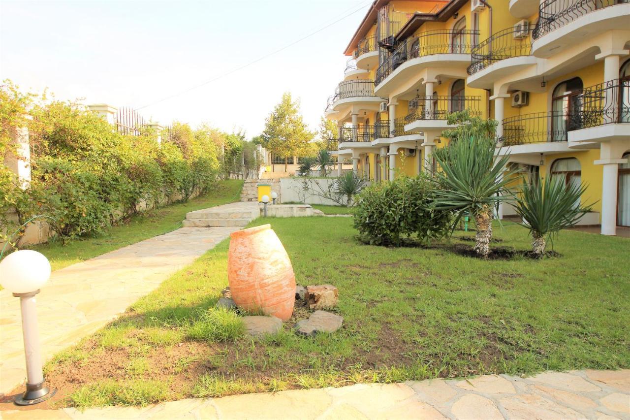 Апартаменты/квартира  Menada Green Hills Apartments  - отзывы Booking