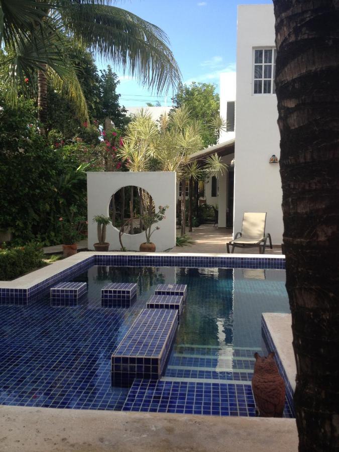 Отель типа «постель и завтрак»  Villa Escondida B&B Cozumel Downtown