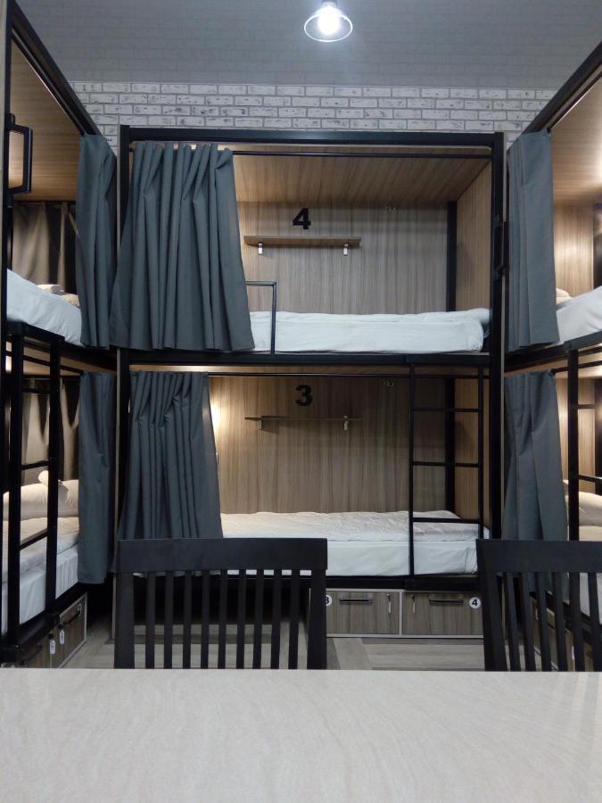 Хостел Hostel ROOM - отзывы Booking