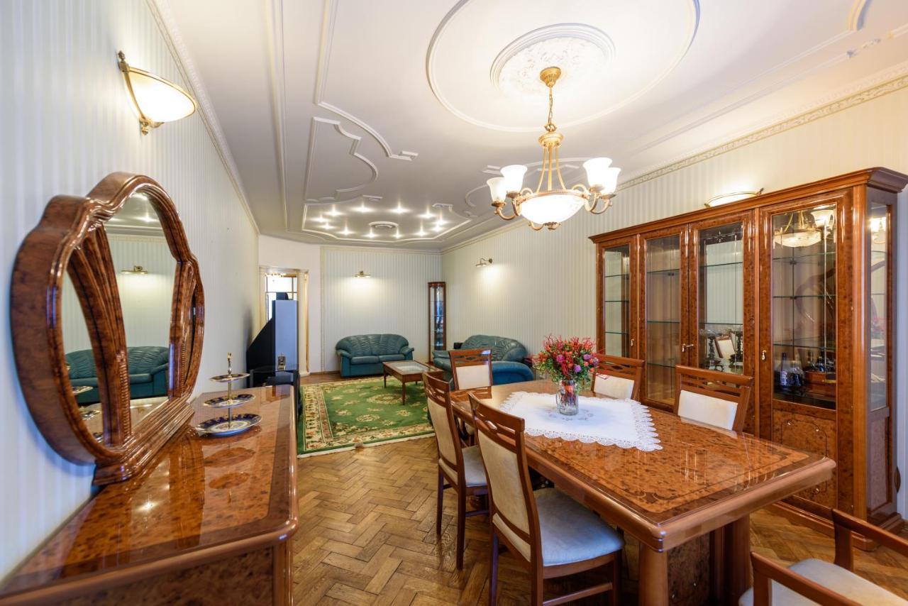 Апартаменты/квартира Apartment on Konnogvardeysky Bulvar 6 - отзывы Booking