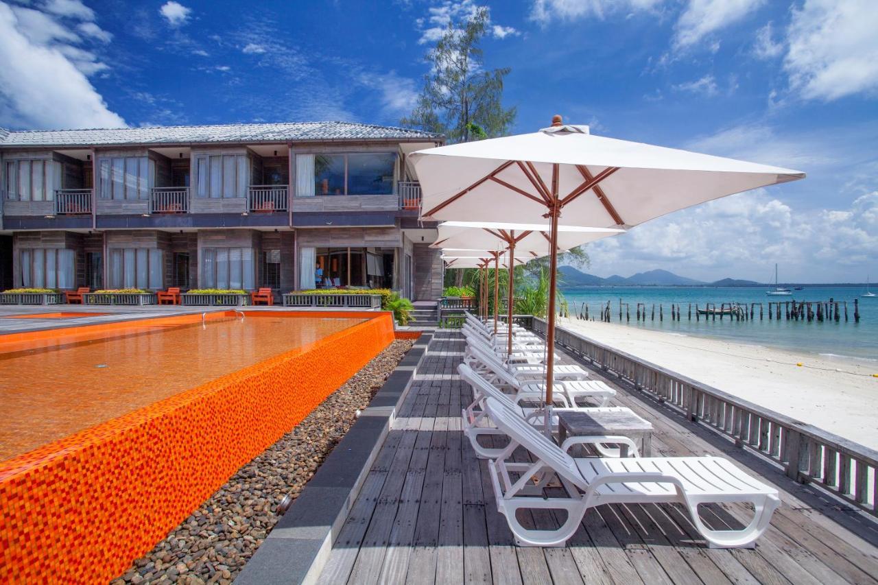 Курортный отель  Baan Ploy Sea